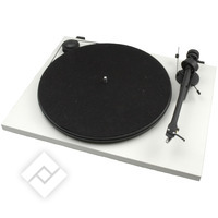 PRO-JECT ESSENTIAL II USB WHITE
